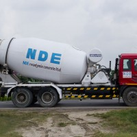 Concrete-Mixture-Truck